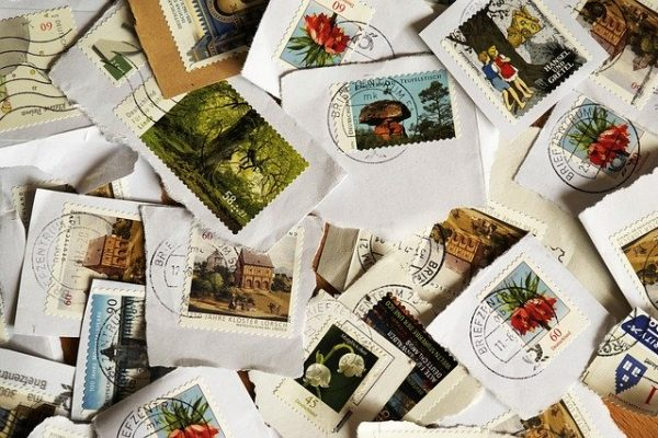 postage-stamps-484991_640